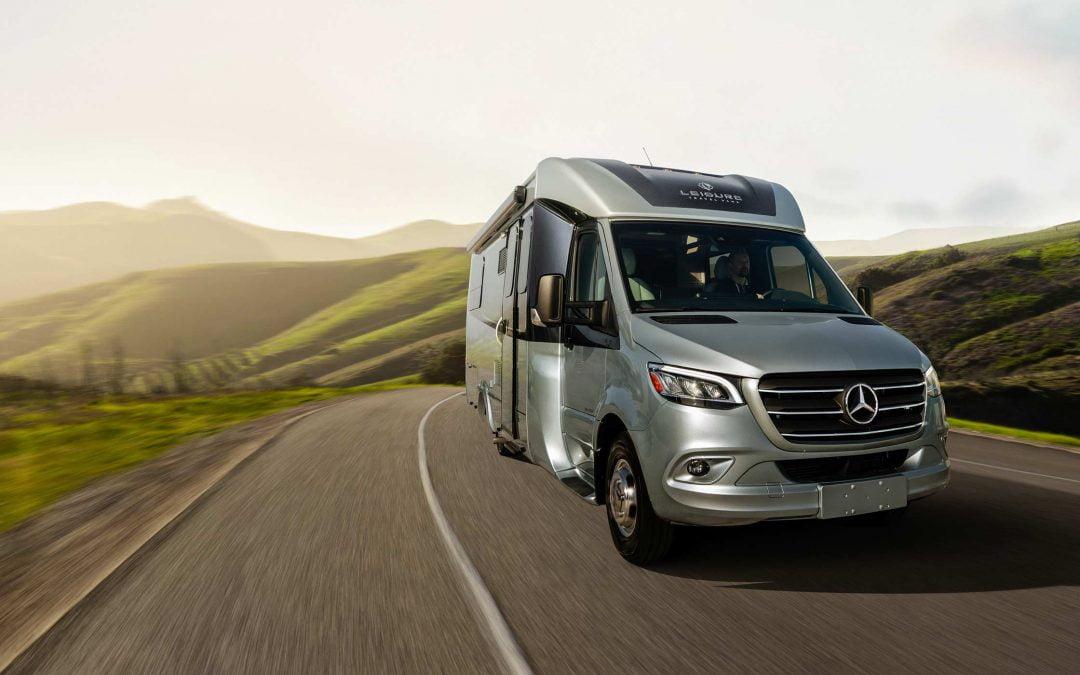 La nueva autocaravana de lujo Unity Rear Lounge Concept