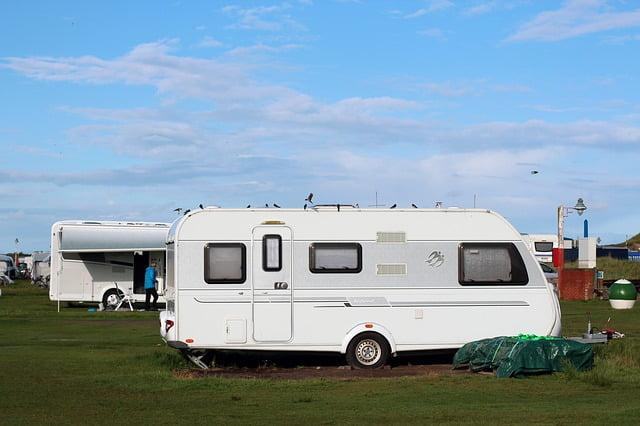 Conoce las nuevas normas de camping en España